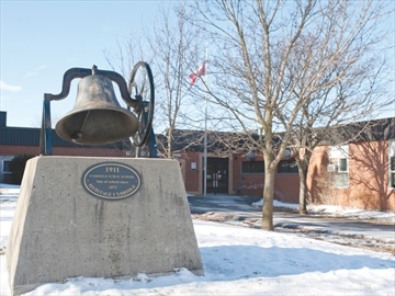 Uxbridge Public School