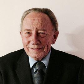 Earl Lyons