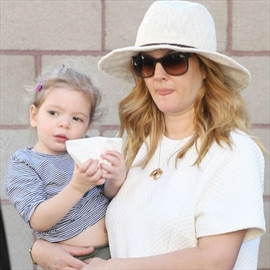 Drew Barrymore won't hide her past-Image1