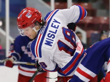 Oakville Blades settle for tie after Patriots' comeback