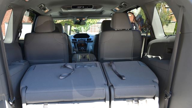 road test any odyssey would be fun with this honda van. Black Bedroom Furniture Sets. Home Design Ideas