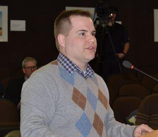 Gordan Rennie at council