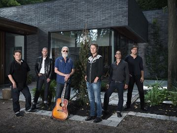Blue Rodeo coming to Barrie