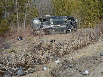 Innisfil driver charged after teen thrown from car