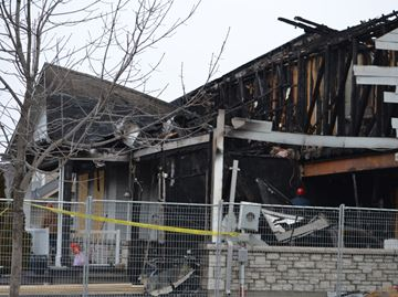 Too much damage to determine cause in Collingwood fire