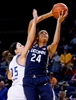 Samuelson's career-high 34 lead No. 1 UConn past Tulsa 98-58-Image1