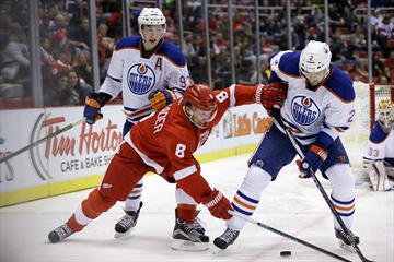Kronwall scores OT winner to lift Red Wings over Oilers 4-3-Image1