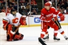 Hudler's 2 goals lift Flames over Red Wings 5-2-Image1
