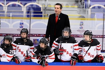 Canada drops world championship opener-Image1