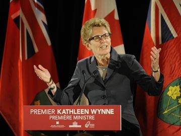 Wynne speaks to Milton, Oakville and Burlington chambers of commerce