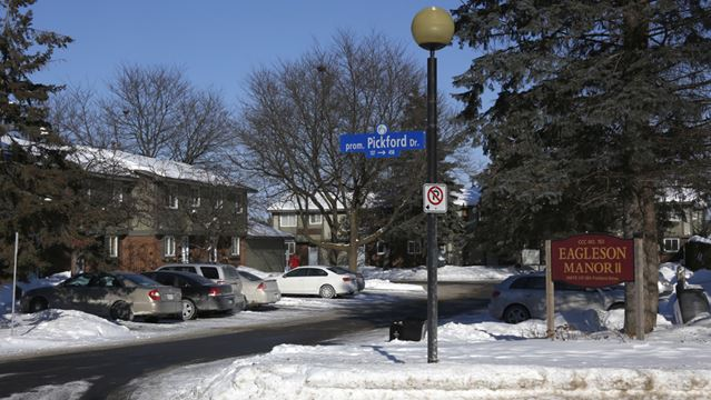 Kanata man arrested after threats close police stations across Ottawa