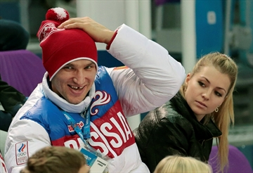 Kirilenko ends engagement to NHL star Ovechkin-Image1