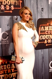 Carrie Underwood becomes a mom, gives birth to a boy-Image1