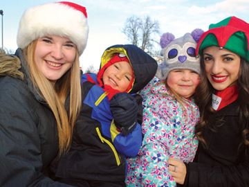 Brock students bring holiday cheer to Prince of Wales