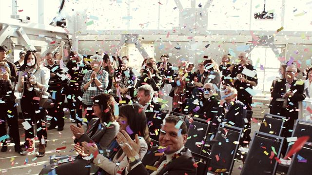 Confetti at the Tett