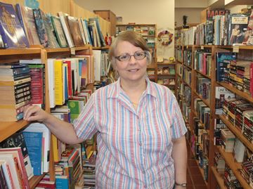 Longtime Alliston bookstore closing its doors