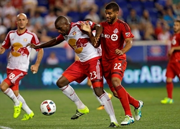 Wright-Phillips' leads Red Bulls past TFC-Image9