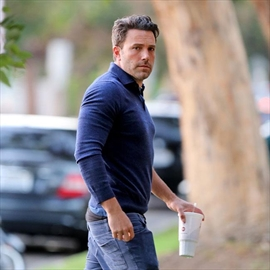 Email leak reveals drama over Ben Affleck documentary-Image1