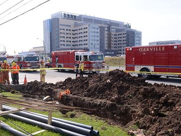 Male, 17, taken to hospital after Oakville construction site accident