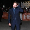 Robert Pattinson considers buying London property-Image1