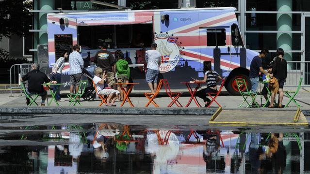 Kitchener City Hall Food Trucks