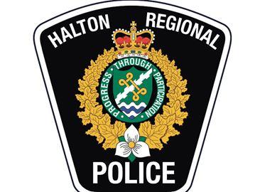 Police still seeking Burlington cellphones thief