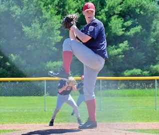 Orléans duo score no hitter games a week apart– Image 1