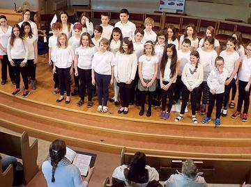 Bayview choir awarded gold ribbon at Midland music festival