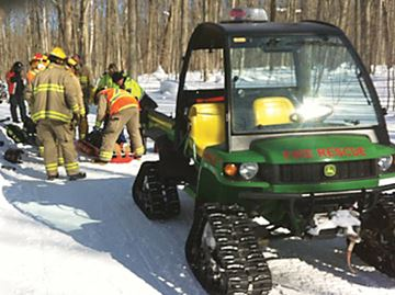 Tiny Township man injured in snowmobile crash