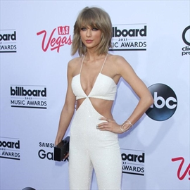 Taylor Swift: Being a musician is 'not that hard'-Image1
