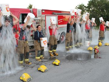 Meaford firefighters answer ALS challenge