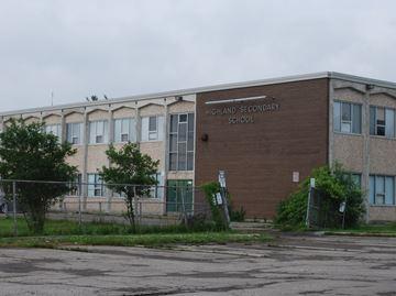 Dundas Valley Secondary School Highland Campus