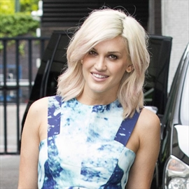 Ashley Roberts loves playing 'dress-up'-Image1