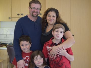 Family gives back at blood donor clinic
