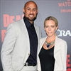 Hank Baskett 'froze' with transgender model-Image1
