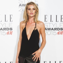 Rosie Huntington-Whiteley's lives in 'privileged bubble'-Image1