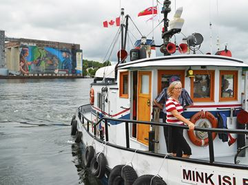 Watery fun as Tugfest launches in Midland Harbour