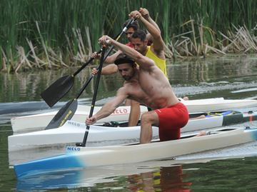 Burloak Canoe Club paddlers head south next month