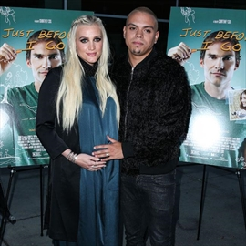 Ashlee Simpson Ross's son is 'excited' for baby-Image1