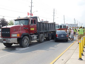 2 vehicle collision at Appleby Line and Dundas Street