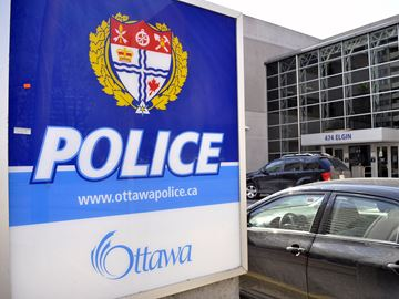 South Ottawa man bilked out of thousands in grandparent scam