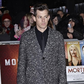 Mark Ronson wrote a letter to Stevie Wonder before collaboration -Image1