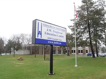 Halton school board encouraging students to walk or cycle