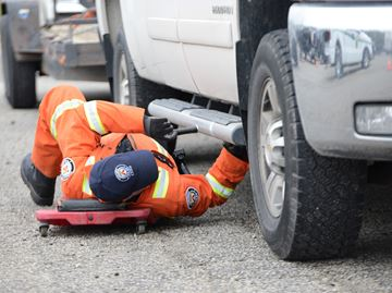 Recording-breaking number of vehicles inspected, charges laid in commercial vehicle safety blitz at Mohawk Racetrack