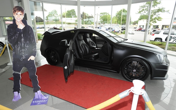Justin Bieber S Batmobile On Display At Waterloo