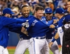 Donaldson rallies Jays past Braves 6-5-Image1