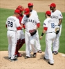 Gallardo wins 100th, Rangers end Toronto's 5-game win streak-Image1