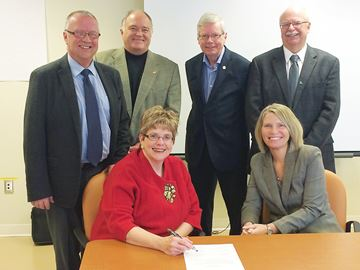 North Simcoe mayors pledge to work together on health care