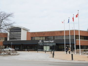 Town creates new online tool to help businesses find real estate opportunities in Oakville