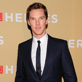 Benedict Cumberbatch buys £7k Kick Ass-inspired statue-Image1
